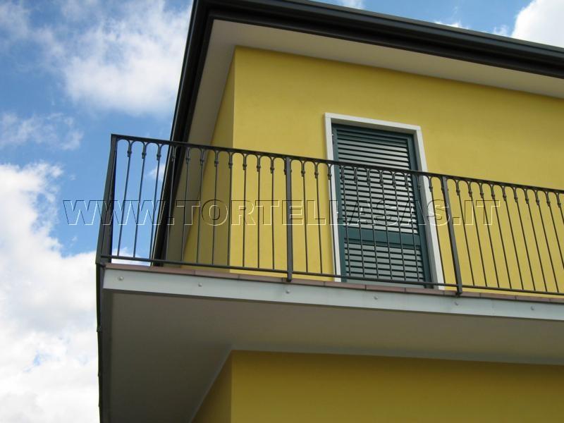Tortella Fabbro Verona - Parapetti per balconi, poggioli e scale, su ...