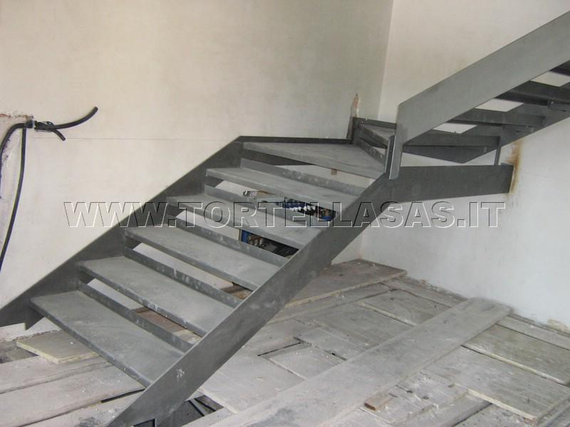 Amato Tortella Fabbro Verona - Scale per interni ed esterni in ferro QV28